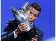 ronaldo gana premio al mejor jugador de la uefa