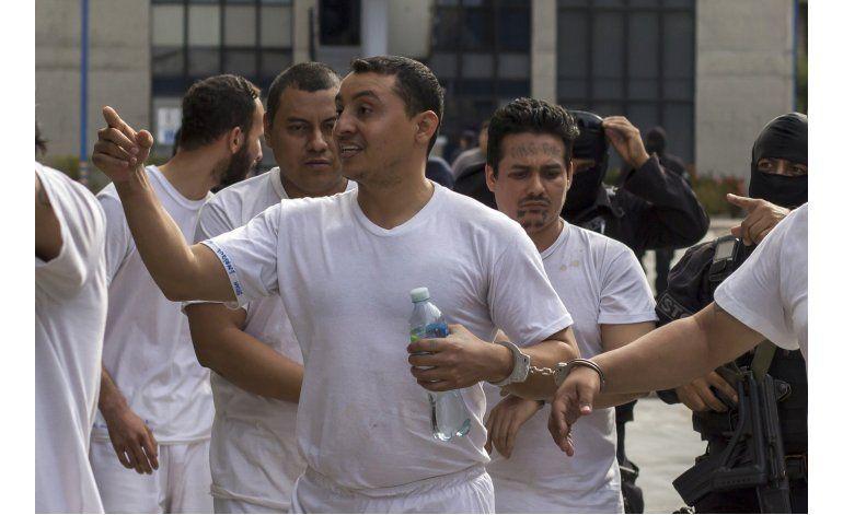 En El Salvador, pandillero operaba con fachada de pastor