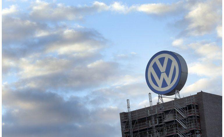 Directivo de VW plantea comprar participación en proveedores