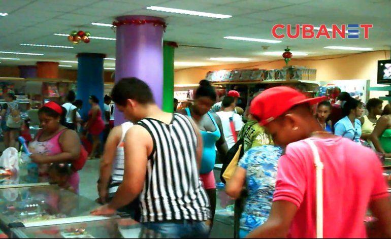 Cuba: comprar juguetes y jugar con el bolsillo