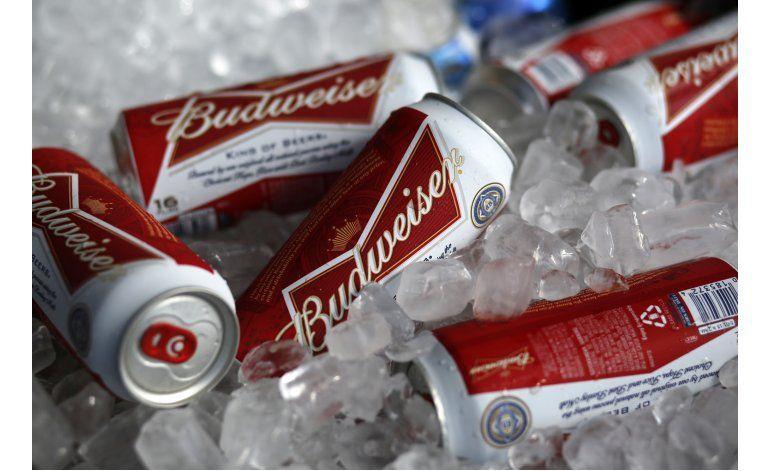 La cervecera AB Inbev recortará miles de empleos en fusión