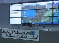 autoridades del condado se reunen por la posible amenaza de una onda tropical a nuestra area