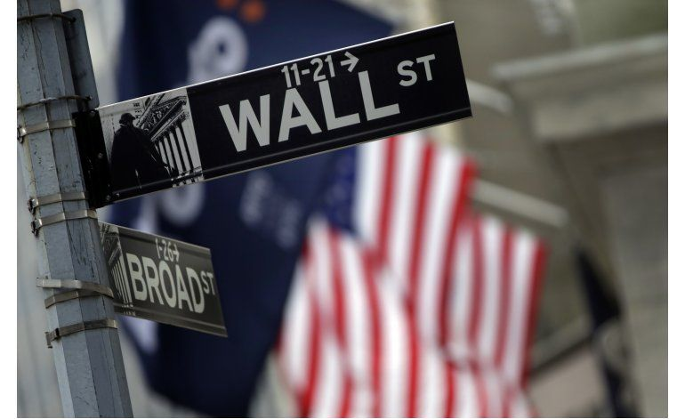 Bolsa de Nueva York cierra principalmente a la baja