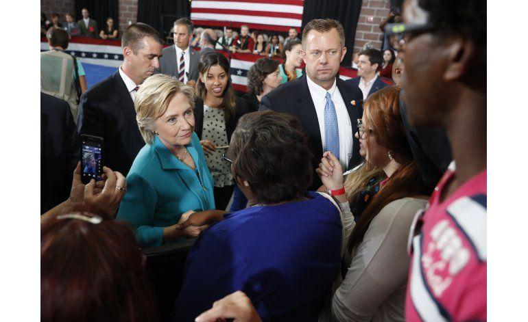 Clinton recibe primer informe de inteligencia como candidata