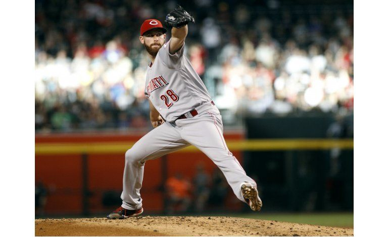 DeSclafani domina y Rojos apabullan 13-0 a DBacks