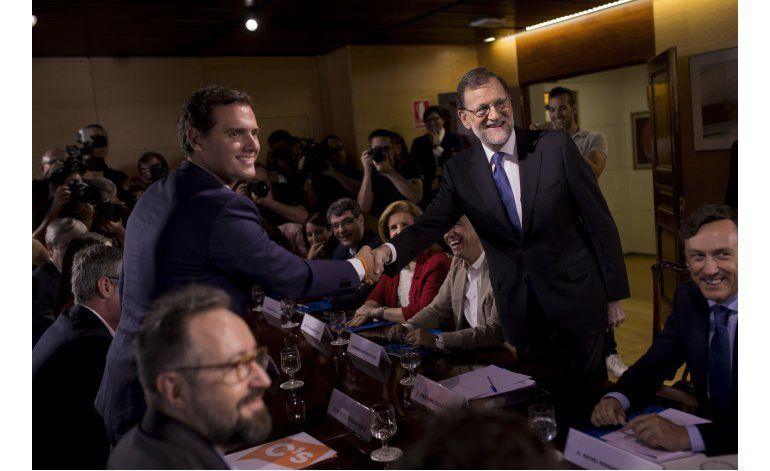 Partidos de derecha españoles firman acuerdo