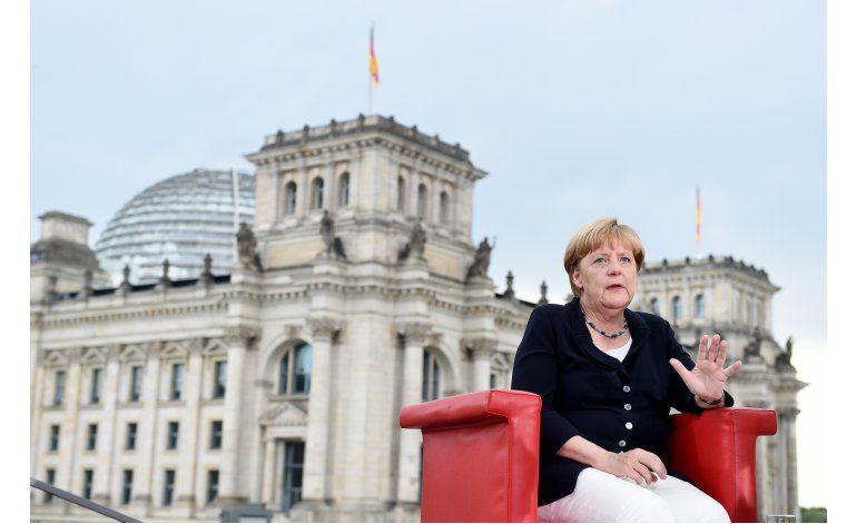Merkel pide distribución equitativa de refugiados musulmanes