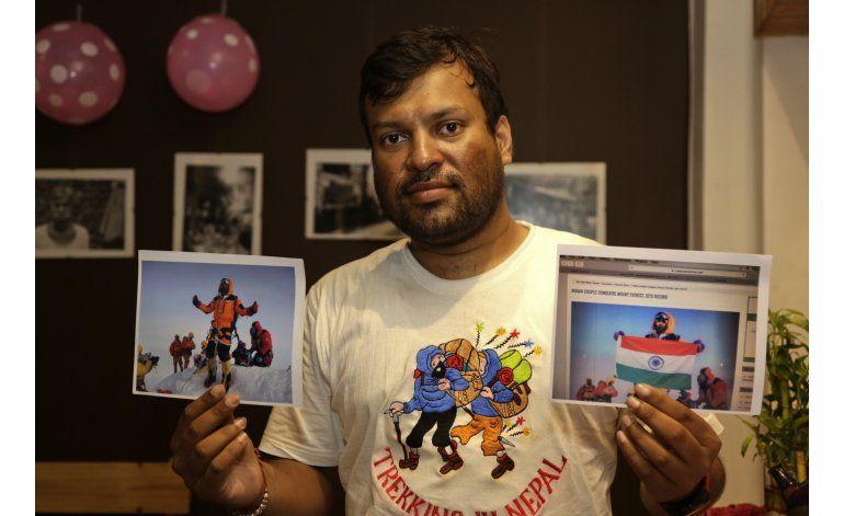 Dos montañistas indios mintieron sobre su ascenso al Everest