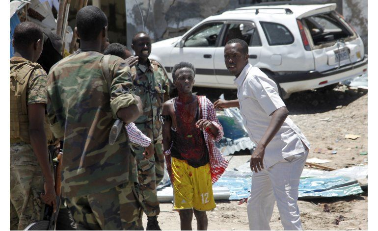 Atentado deja 12 muertos en Somalia