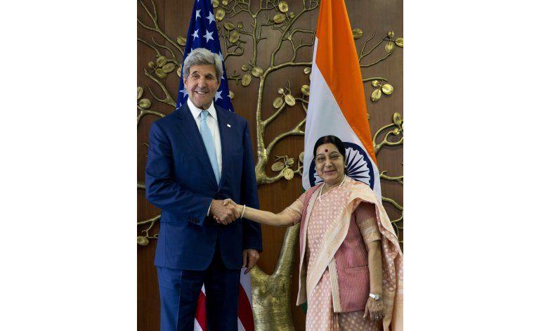 Kerry en India para tratar temas estratégicos y comerciales