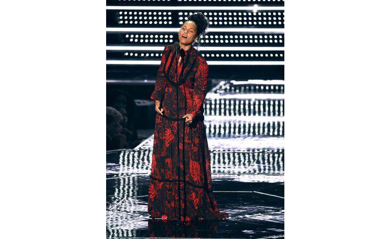 Alicia Keys rendirá homenaje a Clive Davis en el Black Ball