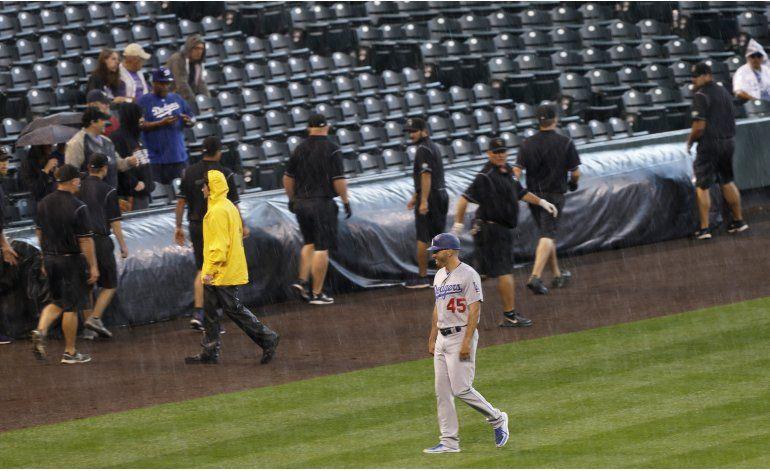 Se pospone por lluvia el juego Dodgers-Rockies