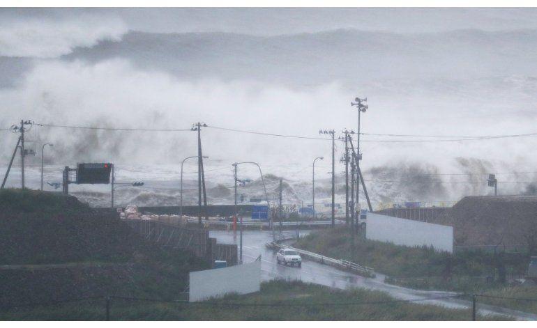 Tifón Lionrock causa al menos 9 muertos en el norte de Japón