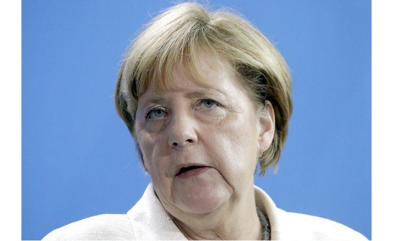 Merkel: Alemania seguirá siendo Alemania tras inmigración