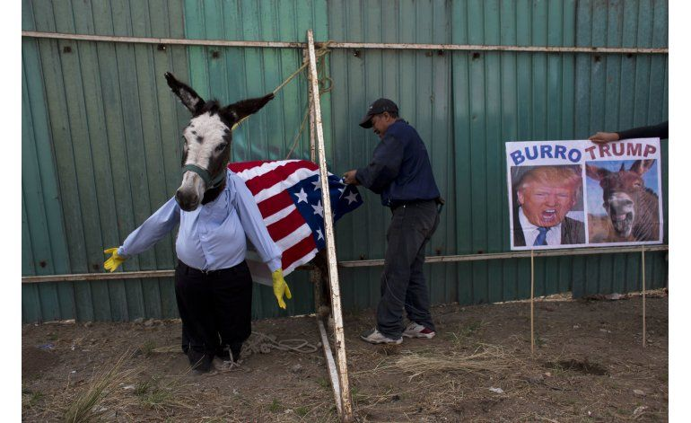 Decepción y molestia entre mexicanos tras cita Peña-Trump