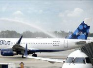 nueva era en los viajes entre eeuu y cuba: primer vuelo de jetblue llego a cuba