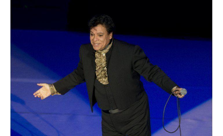 Más de un millón vio a Juan Gabriel en el Auditorio Nacional