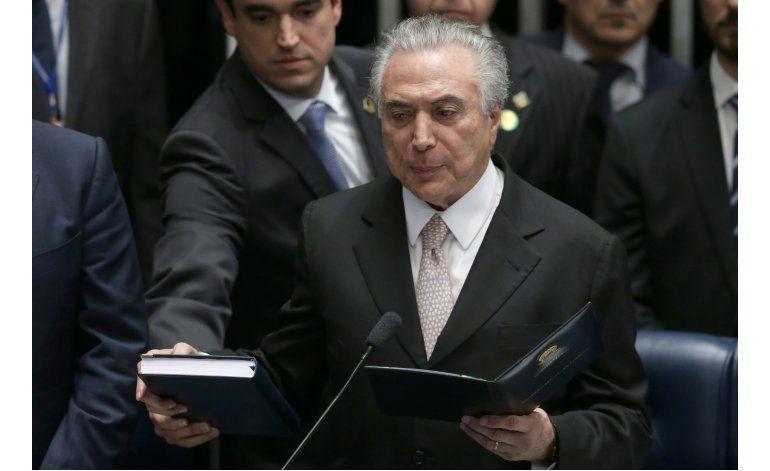 Senado brasileño aprueba la destitución de Rousseff