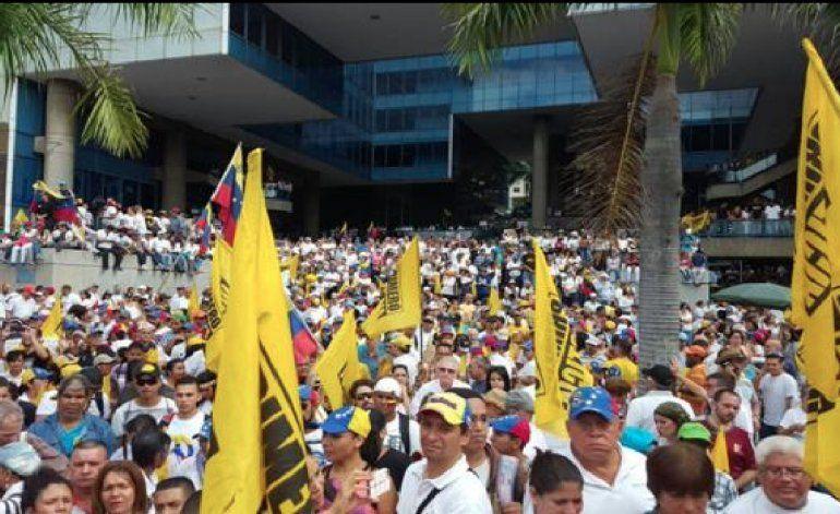 Toma de Caracas: la oposición venezolana sale a la calle en medio de las amenazas y detenciones del régimen de Nicolás Maduro