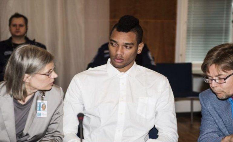 Liberan a uno de los voleibolistas cubanos acusados de violación