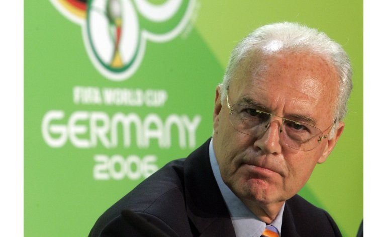 Suiza inicia pesquisa criminal contra Beckenbauer