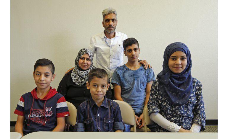 Familia siria, entre refugiados, se adapta a vida en EEUU