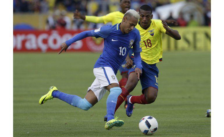 Brasil golea 3-0 a Ecuador, con gol de Neymar