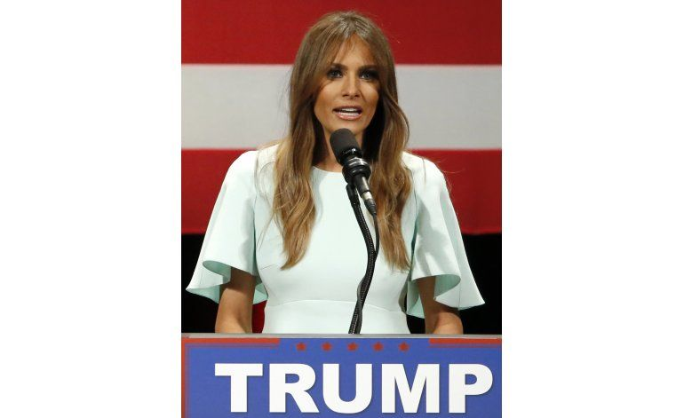 The Daily Mail se retracta en artículo sobre Melania Trump