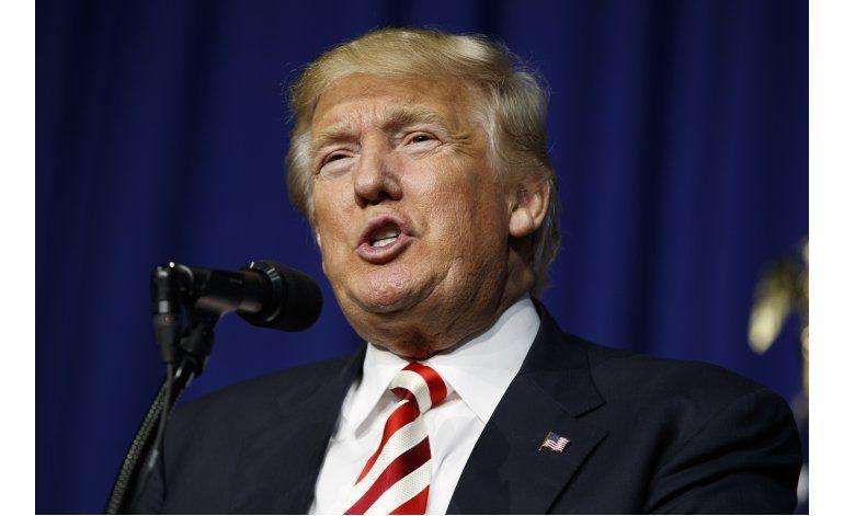 Efectos de planes migratorios de Trump y Clinton en EEUU