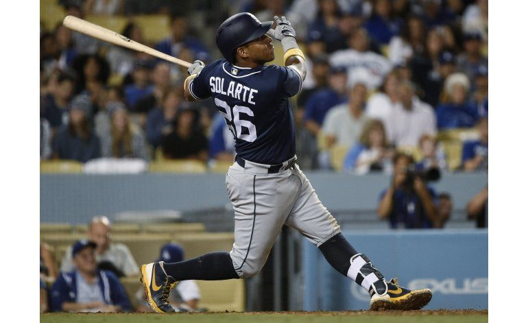 Solarte jonronea, Padres se imponen a Dodgers