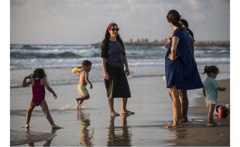 Polémica en Francia impulsa fabricantes de burkini israelíes