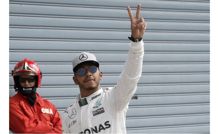 Hamilton logra la pole del GP de Italia
