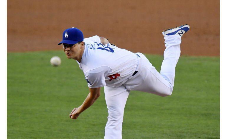 Los Dodgers ganan 5-1 a los Padres con un dominante Hill