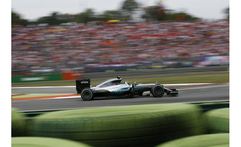 Alemán Nico Rosberg, de Mercedes, gana el GP de Italia de F1