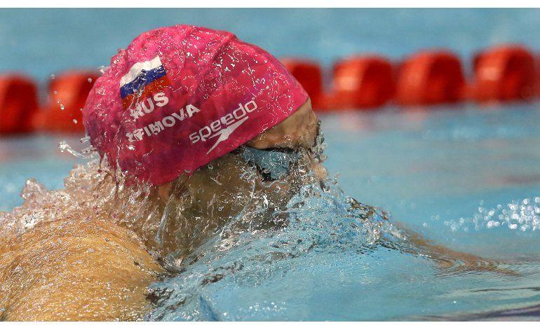 Renuncian 3 asesores de FINA por caso de dopaje ruso