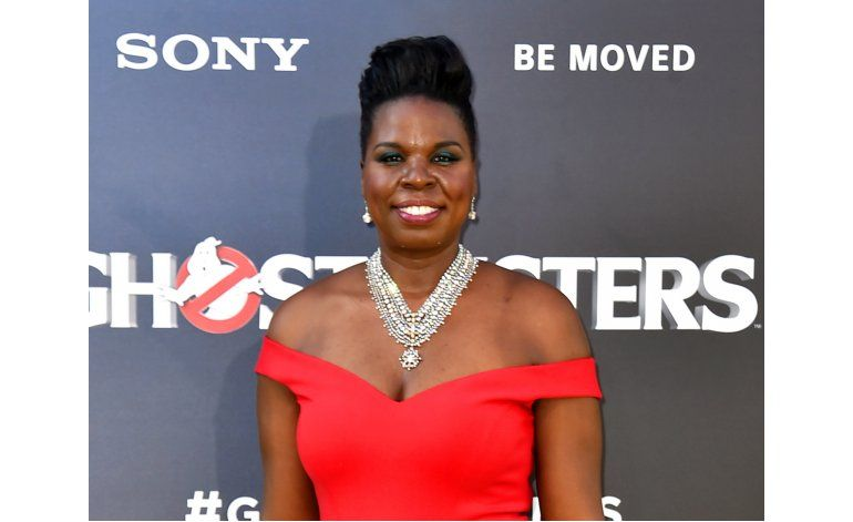 Tras hackeo, Leslie Jones regresa con orgullo a Twitter