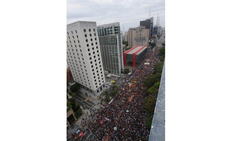 Brasil: Policía choca con manifestantes opuestos a Temer