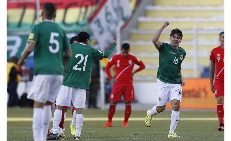 Bolivia busca acercarse a zona de clasificación en Chile