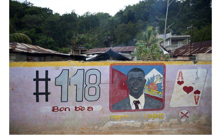 Desde remoto bastión, fugitivo haitiano busca poder político