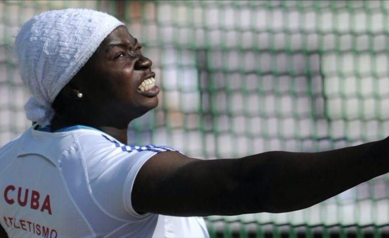 Cubana no puede devolver medalla olímpica porque la vendió en más de 11 mil dólares