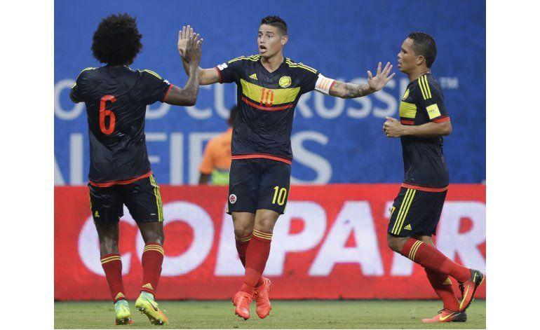 Brasil vence 2-1 a Colombia y avanza a 3ra casilla