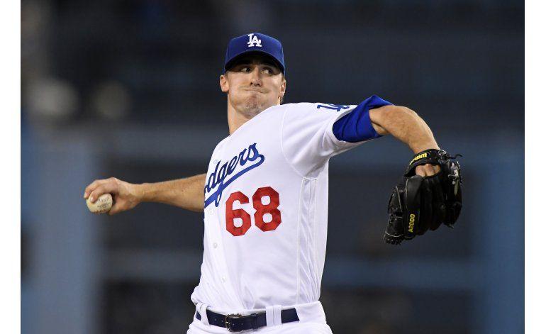 Stripling lidera a Dodgers en la loma, al bate ante Arizona