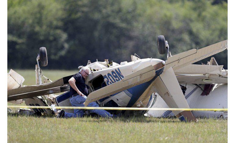 3 muertos en choque de avionetas en EEUU