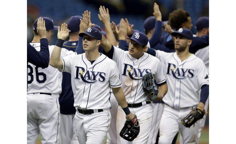 Rays vencen a Orioles con hit en la séptima
