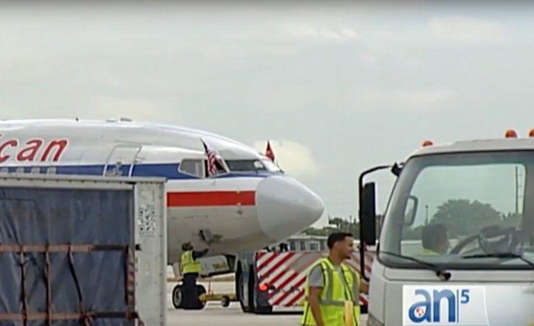 No dejan bajar en Varadero a miembro de tripulación de American Airlines por no tener pasaporte cubano