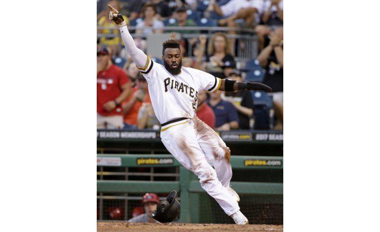 Jonrón de Kang pone fin a racha de 8 derrotas de Pittsburgh