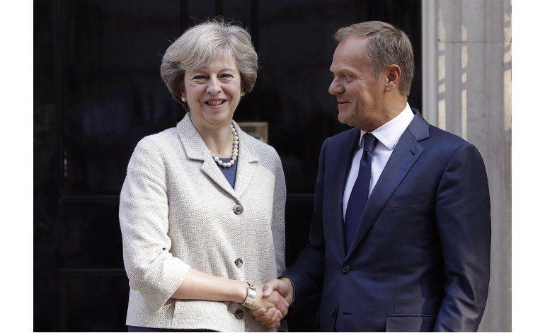 Tusk pide a Londres que inicie pronto el proceso del Brexit