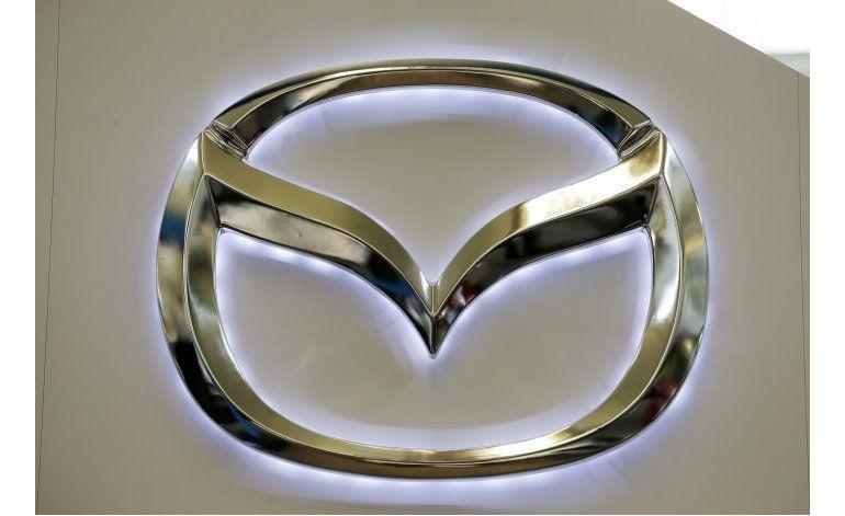 Mazda envía autos al taller por falla en la puerta trasera