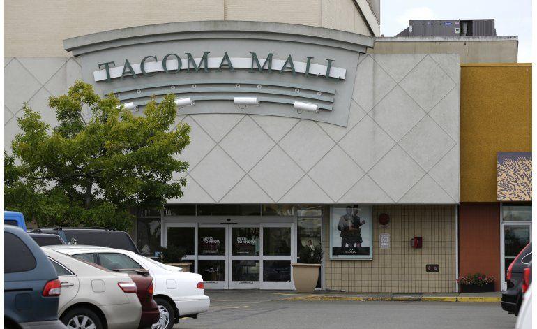 Chica negra de Tacoma demanda tras ser derribada por policía