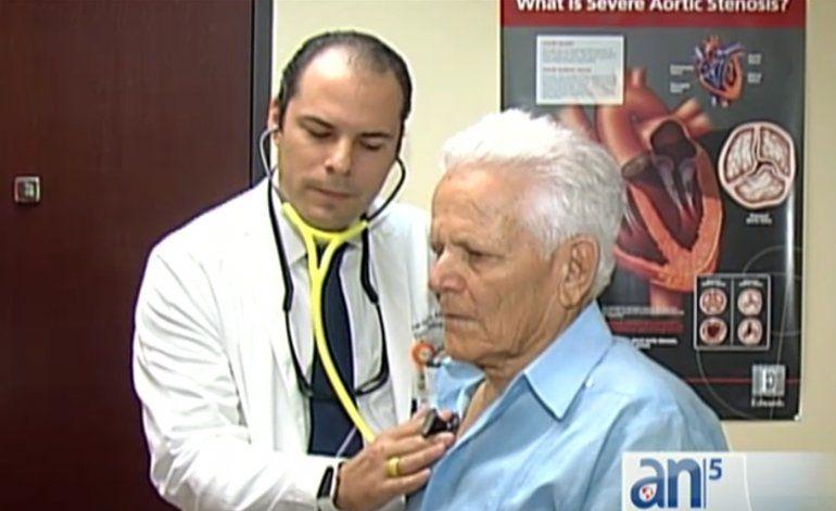 Cubano de Miami primer paciente en usar el marcapasos más pequeño del mundo